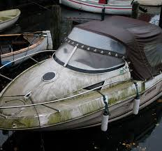 image of dirty boat
