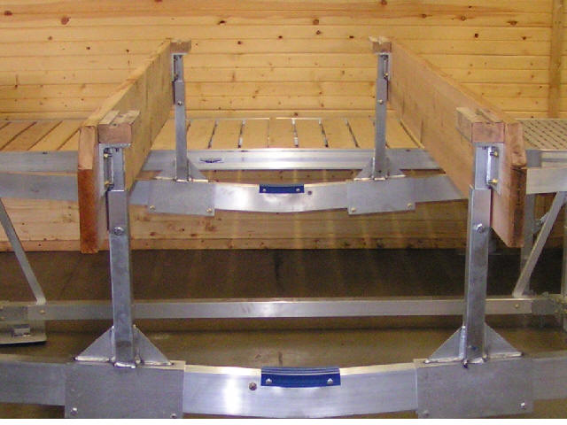image of Pontoon deck support
